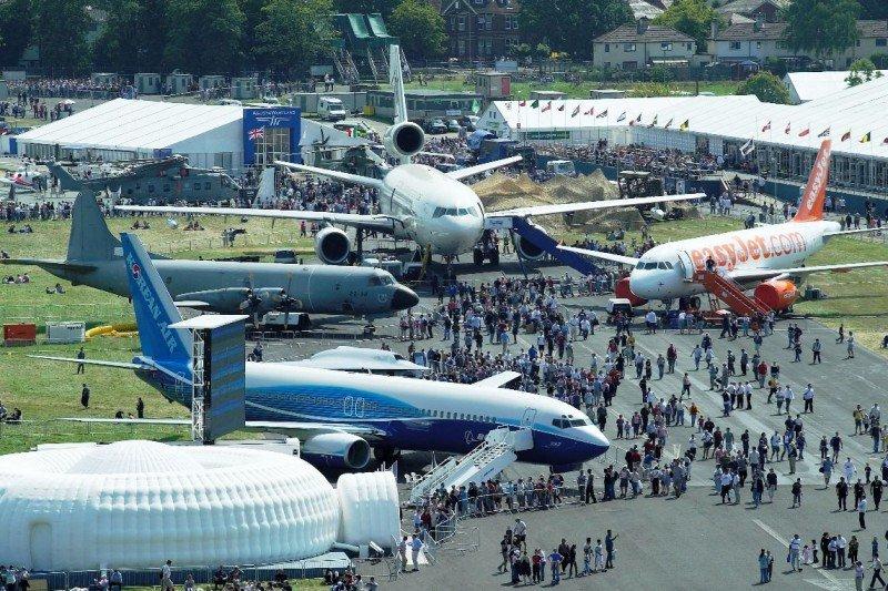 Abre el airshow de Farnborough, escenario de innovación y millonarios negocios