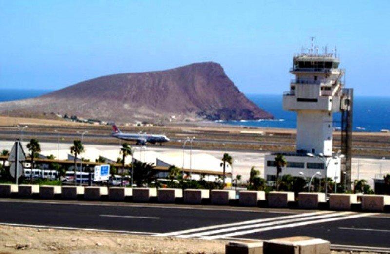 Canarias saca a concurso las primeras seis nuevas rutas incentivadas