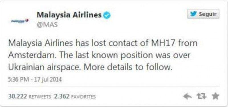 Con este tuit la compañía informaba de la pérdida de contacto con el avión.