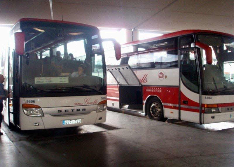 Empresas de autobuses refuerzan sus servicios ante la huelga en Renfe
