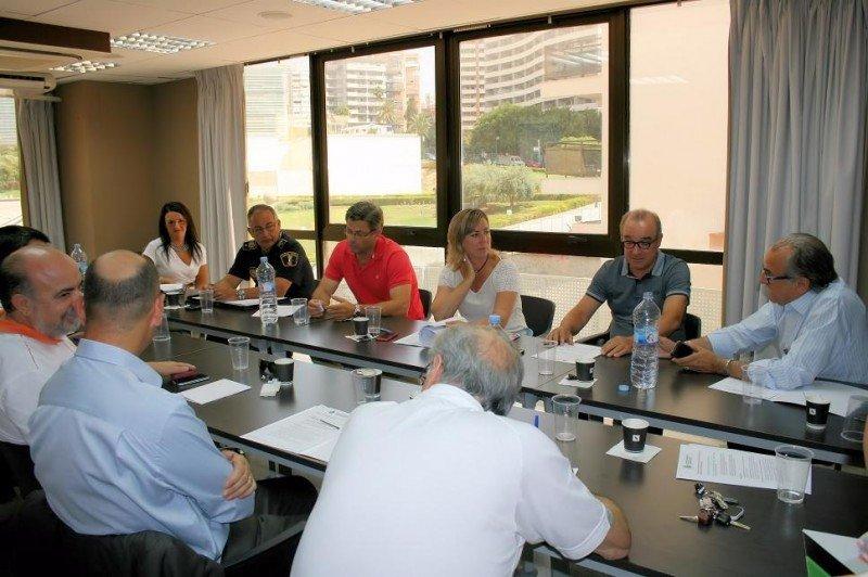La junta directiva de HOSBEC se reunió el viernes con la Primera Teniente de Alcalde del Ayuntamiento de Benidorm.