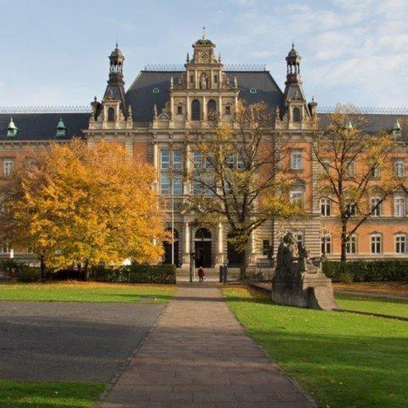 Edificio del Landgericht Hamburg.