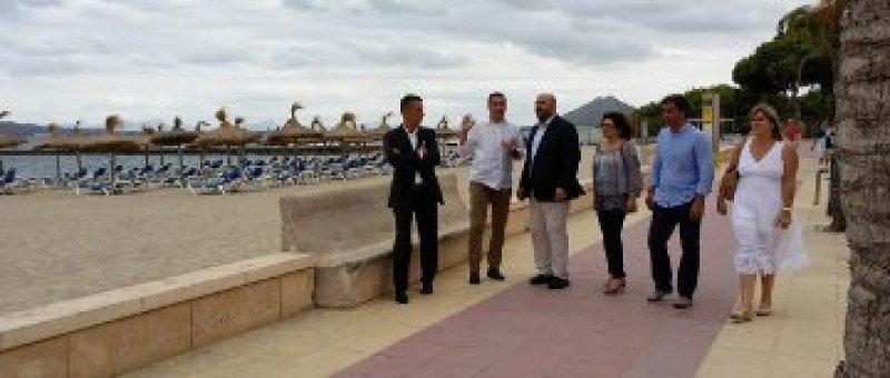 El consejero de Turismo y Deportes en su visita a Alcudia y Pollença.