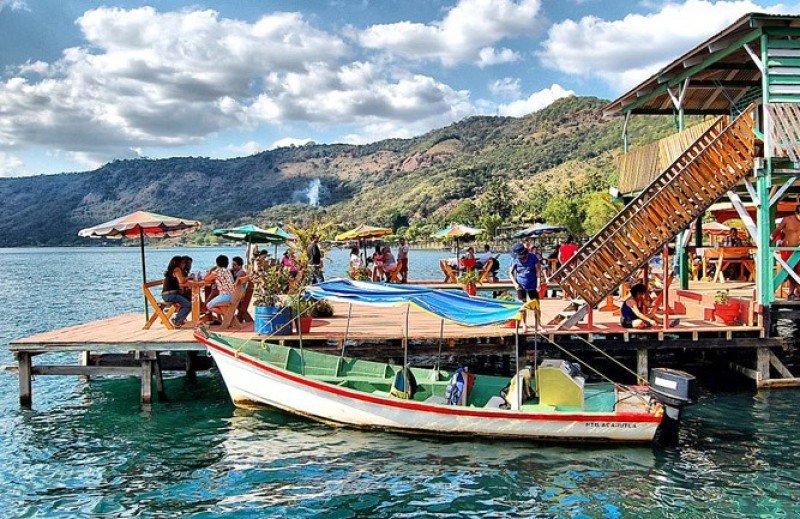 El Salvador promueve su oferta turística.