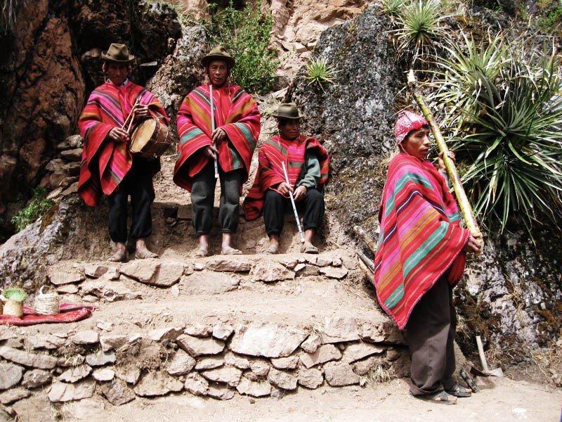 Indígenas Yachaqs ofrecerán productos y mostrarán su cultura en congresos internacionales.