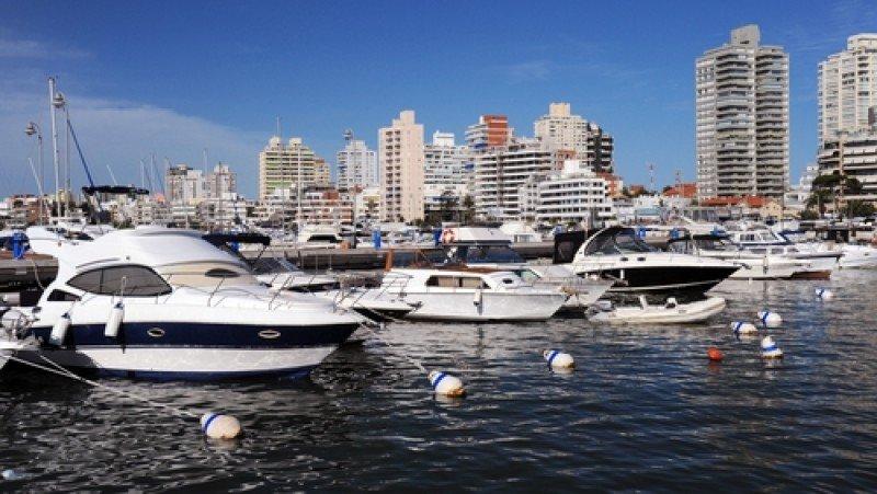 El turismo interno permitió un respiro al sector turístico de Punta del Este en el fin de semana largo. #shu#