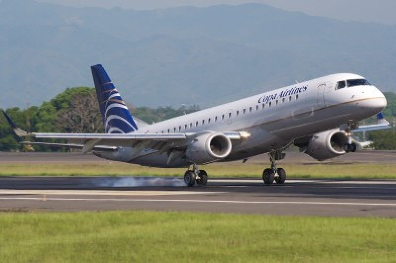 Copa Airlines reduce el 47% de sus operaciones en Venezuela