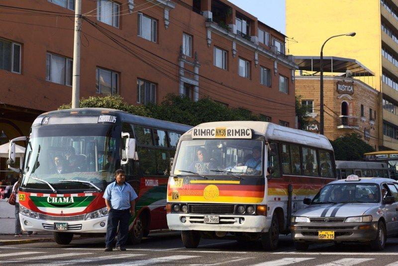 Transporte público en Lima. #shu#