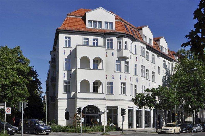 El Exe Hotel Klee Berlín está consagrado al artista alemán Paul Klee y rinde homenaje al amoso Café Bundeseck que ocupó el mismo edificio en los años 60 y 70.