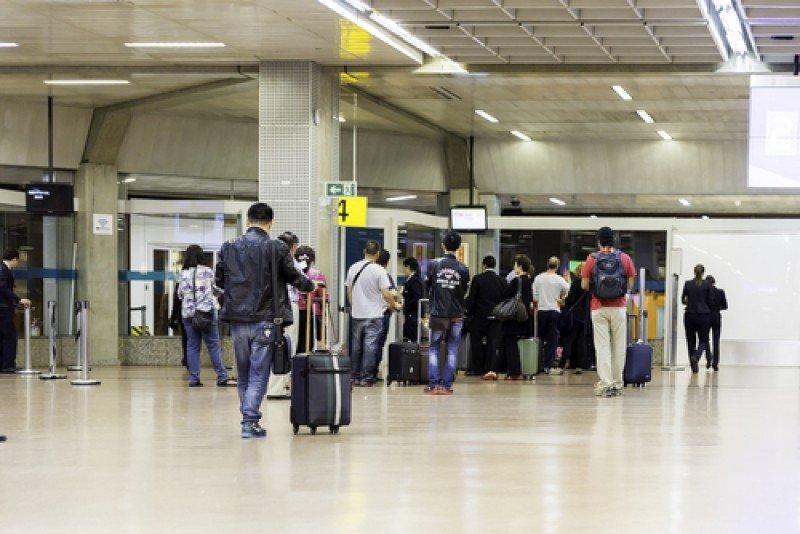 Los aeropuertos tienen preparados protocolos de prevención ante la sospecha de enfermedades infecciosas. #shu#