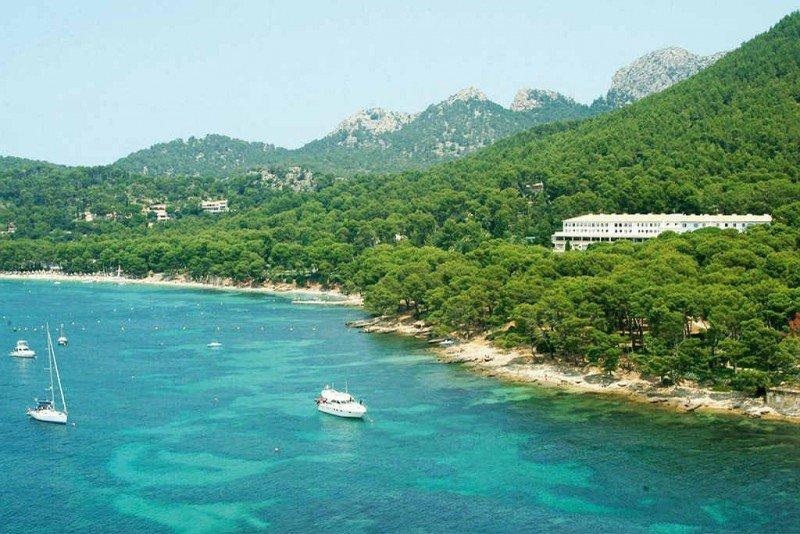 El Barceló Formentor se encuentra rodeado por 1.200 hectáreas de bosque mediterráneo.