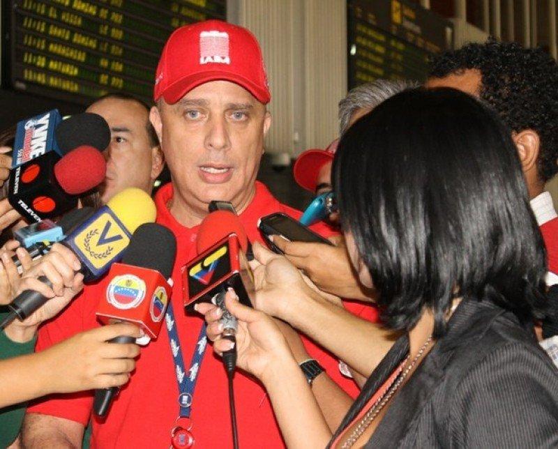 Luis Graterol, ministro de Transporte Aéreo de Venezuela.