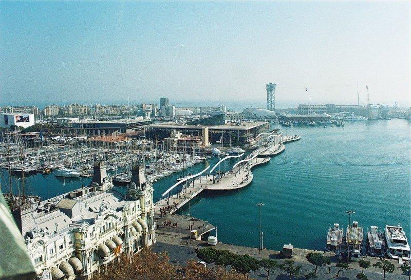 El Puerto de Barcelona incrementa el tráfico de pasajeros con Italia y Baleares