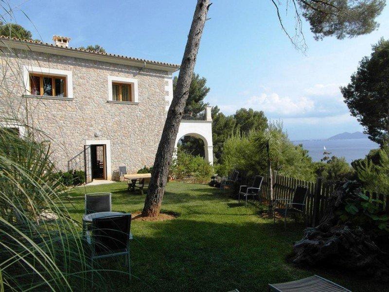 Baleares es la segunda región con mayor oferta de viviendas de uso turístico en Homelidays. En la imagen, una casa en Formentor (Mallorca).