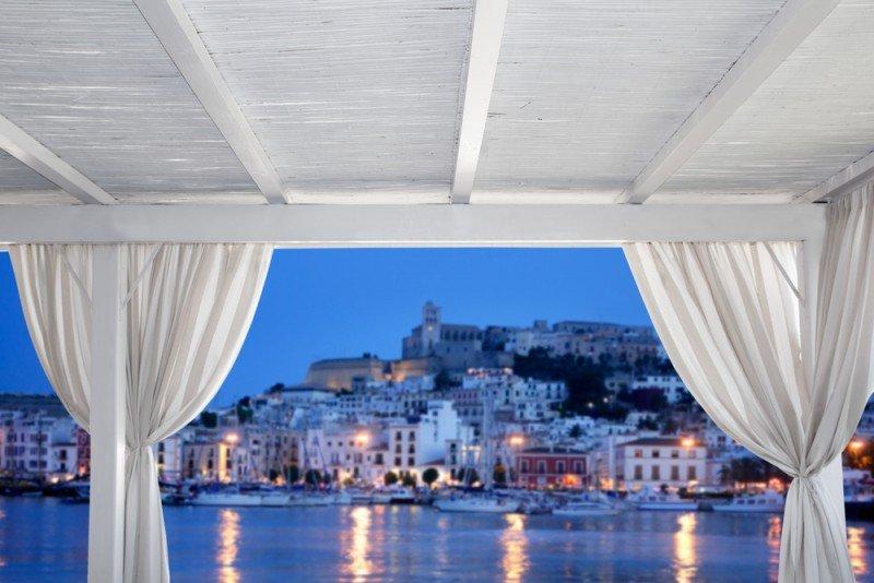 Ibiza ha tenido un gran éxito entre los británicos. #shu#.