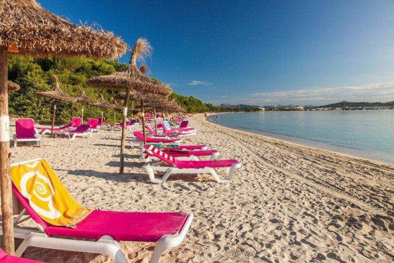 España acapara el 63% de las reservas europeas de sol y playa, según eDreams