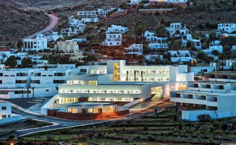 Hotel Cala Grande, uno de los que se subastan.