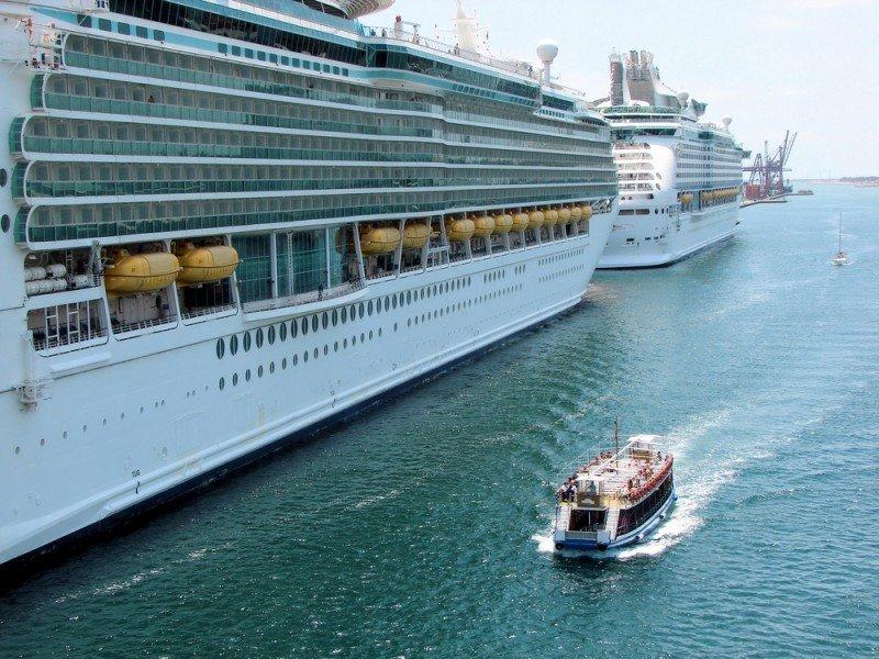 Cruceros en el Puerto de Barcelona. #shu#.