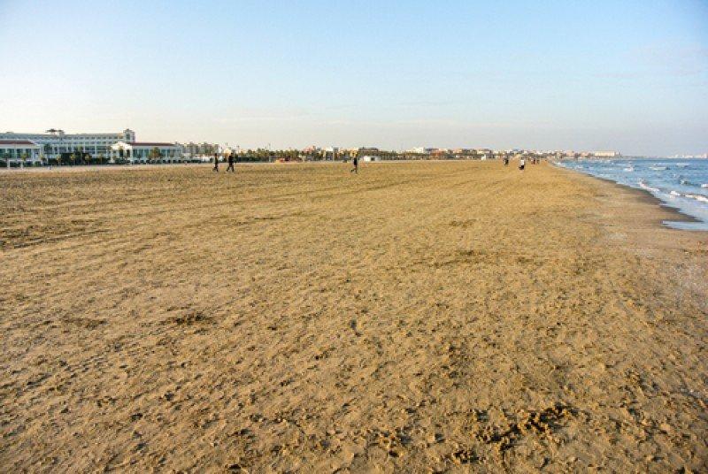 Playa de la Malvarrosa, Valencia. #shu#