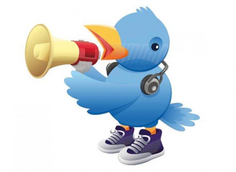 Muchas empresas desconocen el poder de redes sociales como Twitter, que te permiten llegar de una forma fácil y rápida a muchísimas personas y muchos medios.