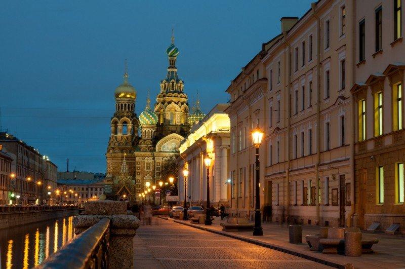 El mercado de San Petersburgo es más vulnerable que el de Moscú. #shu#.