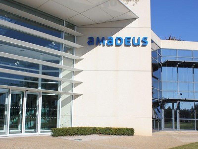 Amadeus ganó 380 millones de euros en el primer semestre