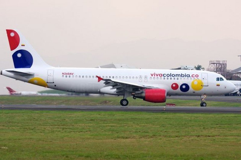 VivaColombia espera transportar 14.000 pasajeros mensuales a Panamá