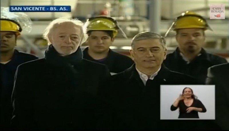 Inauguración de la planta de gas licuado de Buquebus en Argentina.