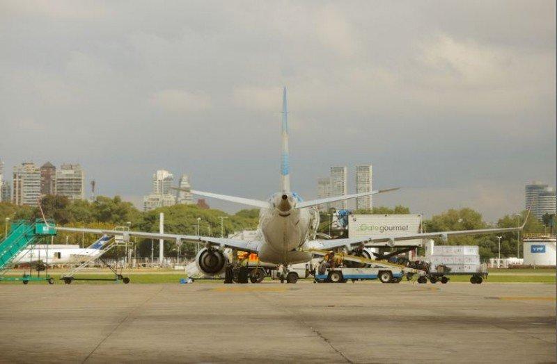 Es la segunda suba del año en los vuelos domésticos en Argentina. #shu#