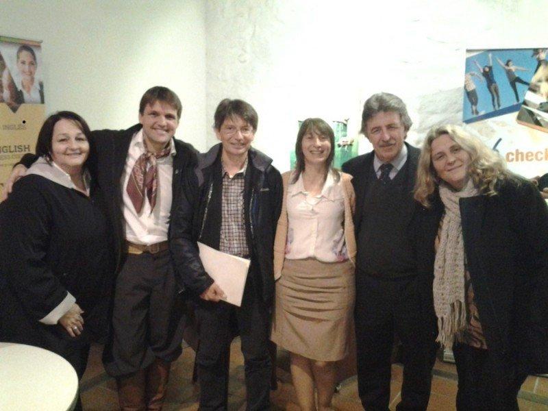 Expositores y asistentes al evento.