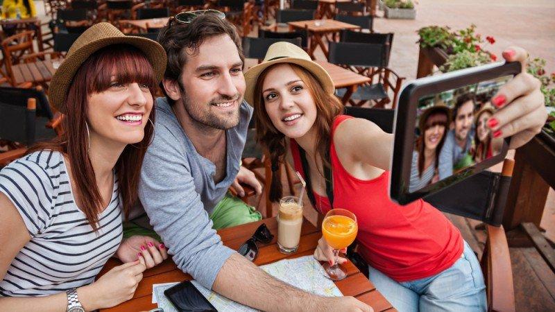Los jóvenes gastan más que el turista tradicional y tienen estadías más largas. #shu#