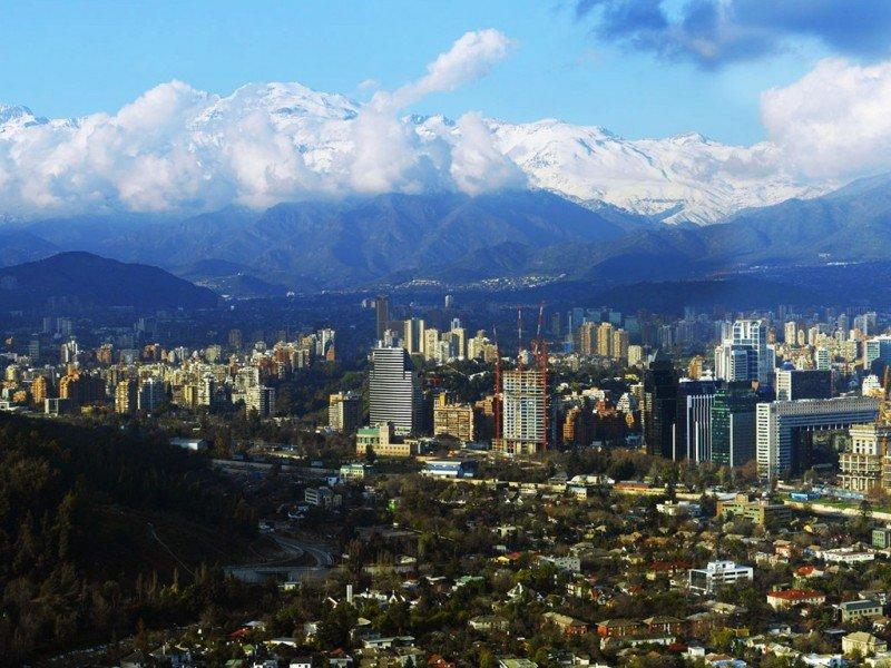 Cinco países recomiendan no visitar Chile por ataques terroristas