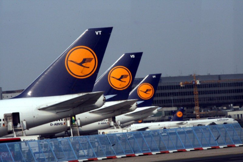 Los pilotos de Lufthansa realizarán hoy paros parciales