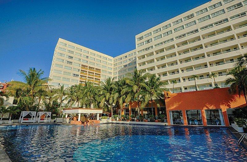 AMResorts abre el Dreams Sands Cancun