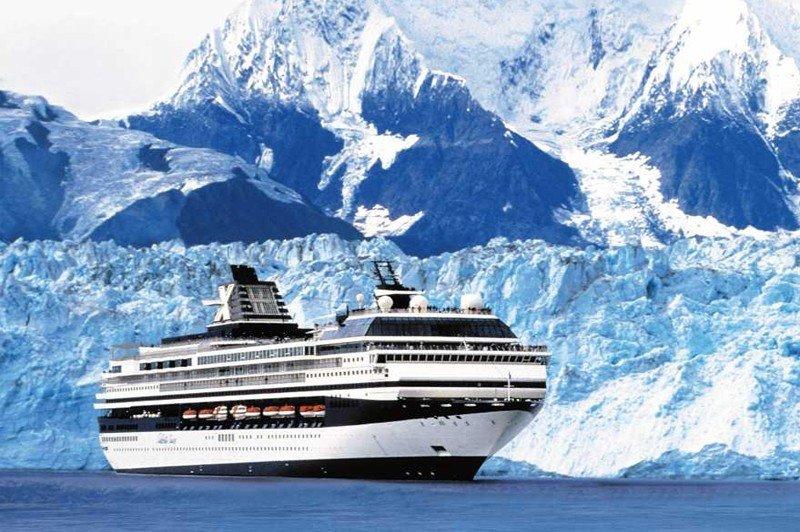 El barco seguirá operando bajo el nombre de Celebrity Century hasta abril de 2015.