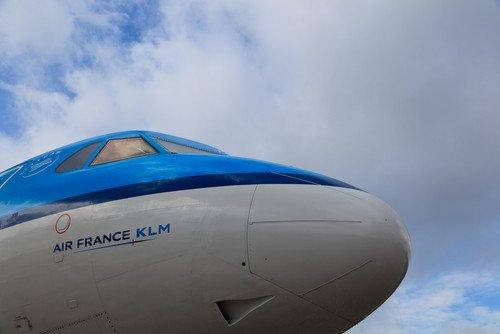 Air France KLM acaba de aprobar un plan para hacer frente a las low cost en Europa. #shu#