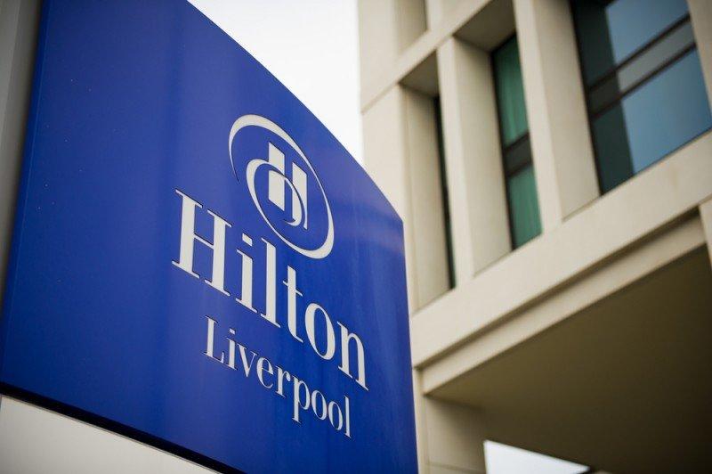 Mantiene una participación del 66% en Hilton. #shu#.