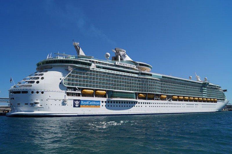 El Liberty of de Seas, de Royal Caribbean.