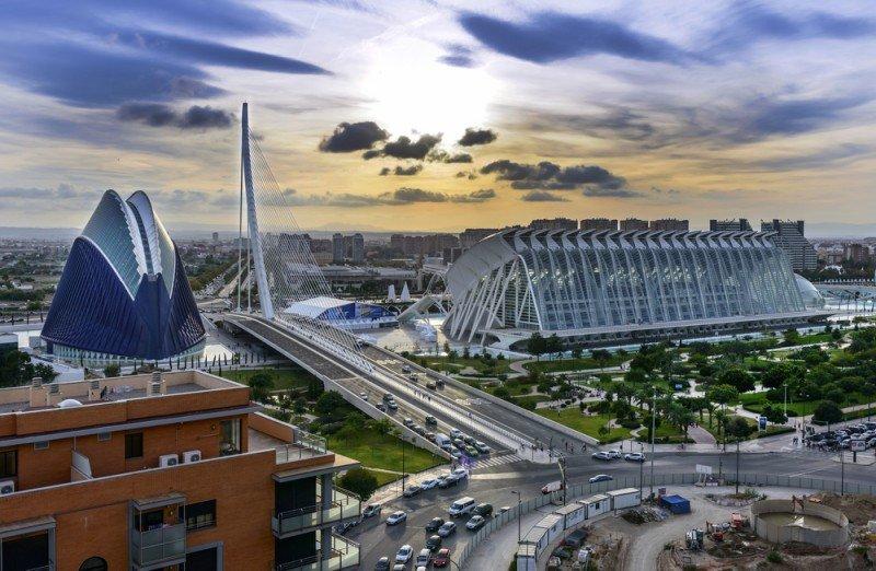 La oferta de alojamiento ilegal en Valencia ha pasado en un año de representar el 15% al 25%. #shu#