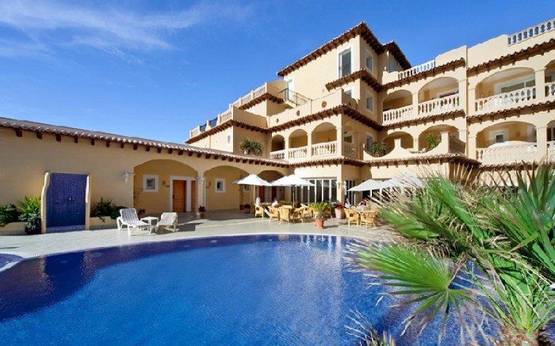 El hotel Villa Chiquita de Mallorca fue galardonado como mejor hotel del Mediterráneo Occidental.