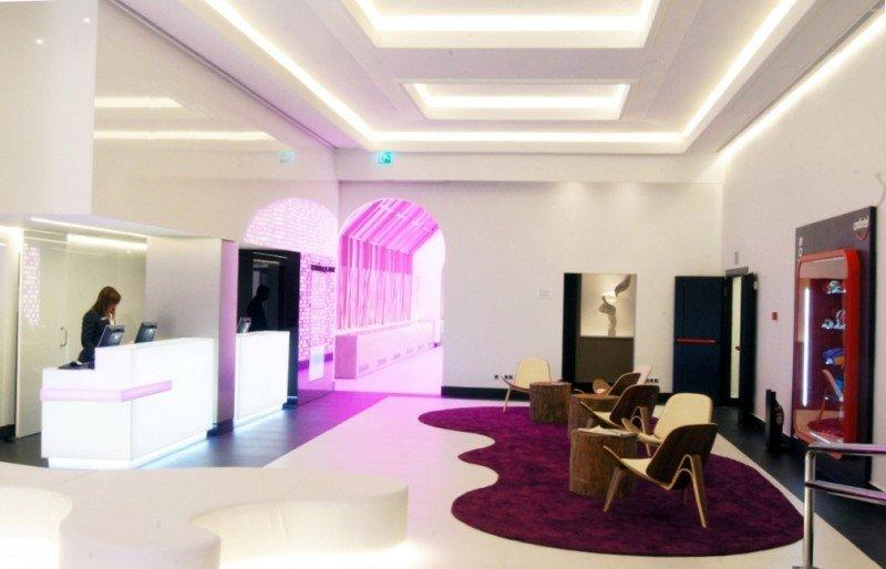 La nueva conceptualización de los espacios del Confortel Suites Madrid dota de mayor luminosidad a habitaciones y zonas comunes.