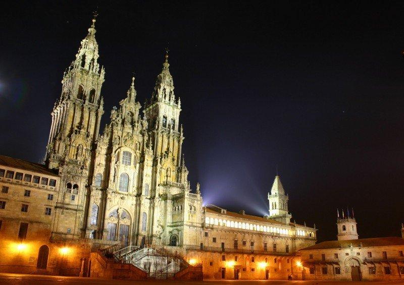 Los hoteleros de Santiago piden medidas contra la estacionalidad