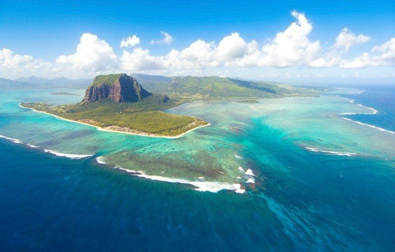 Riu entrará el próximo año en Mauricio con tres hoteles que sumarán 530 habitaciones en la península de Le Morne.