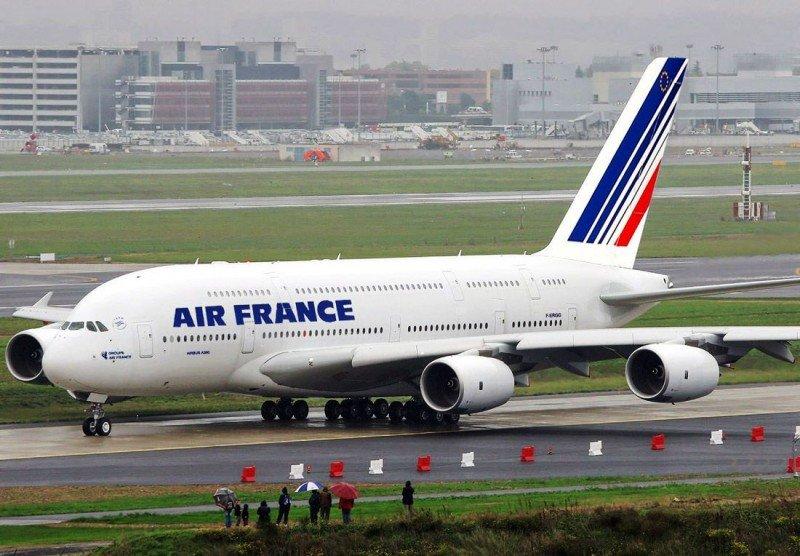 Air France opera este miércoles menos de la mitad de sus vuelos