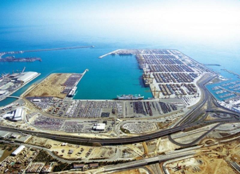 El Puerto de Valencia ha visto descender el número de cruceristas.