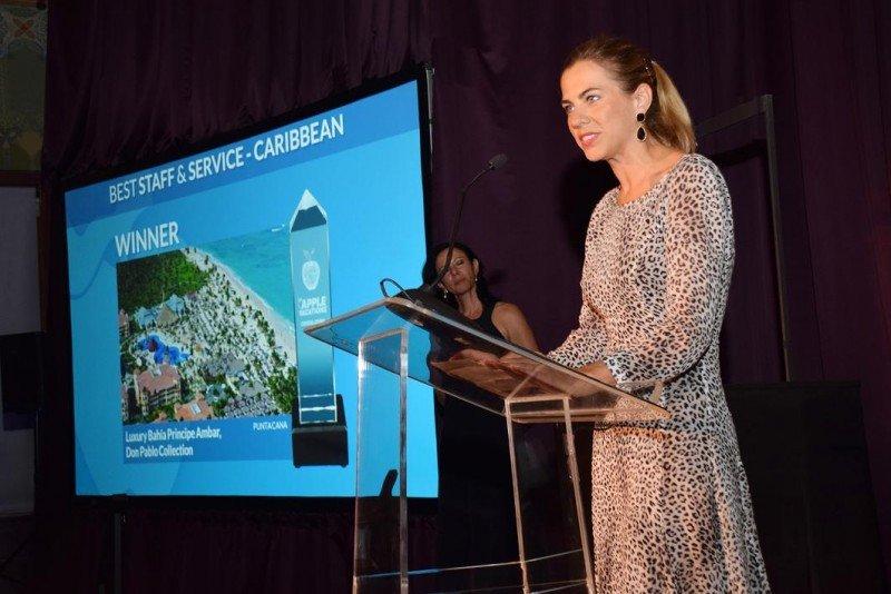 Lydia Piñero, vicepresidenta de Calidad e Innovación de Grupo Piñero, en la gala celebrada en el Art Institut of Chicago donde recogió los Golden Apple Awards.