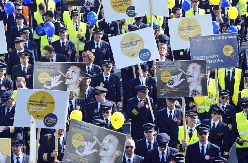 Manifestación de pilotos de Lufthansa en el Aeropuerto de Frankfurt durante la huelga del pasado mes de abril (Foto: Efe).