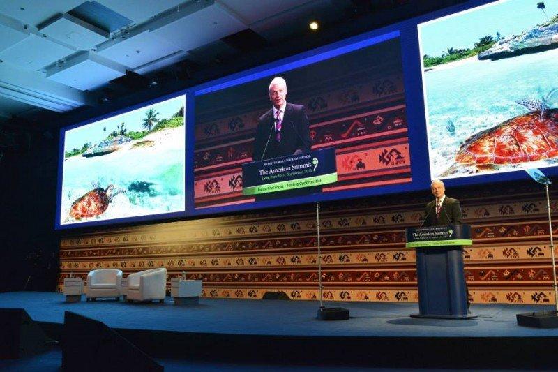 David Scowsill, de WTTC, en la Cumbre de las Américas en Lima.