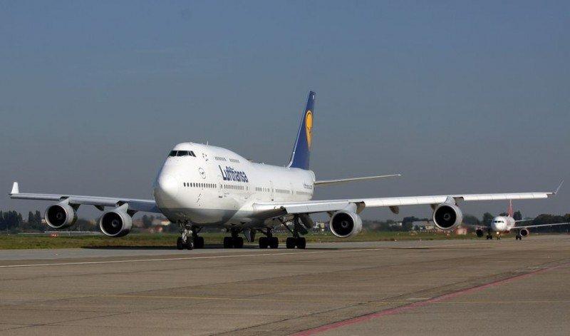 Lufthansa descarta seguir los pasos de American Airlines y British en Argentina.