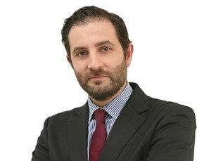 David Mora.